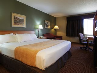 King Room at Ramada of Spirit Lake